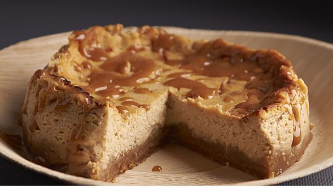 Как приготовить творожный торт с карамелью