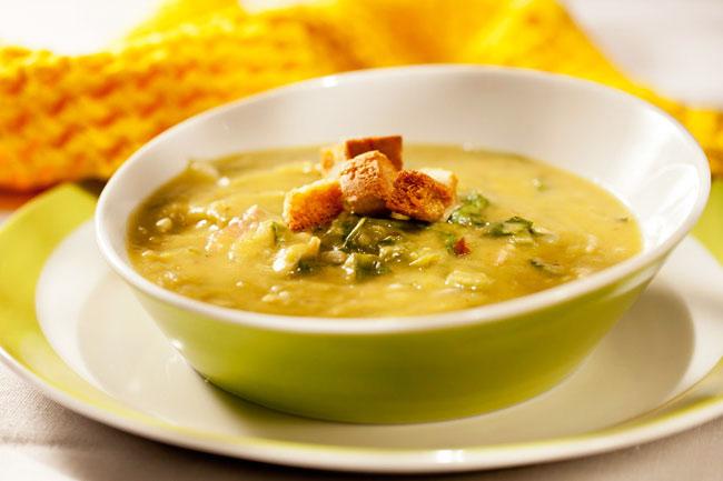 Как приготовить гороховый суп с копченостями в мультиварке?