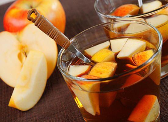 Яблочный крюшон с кальвадосом