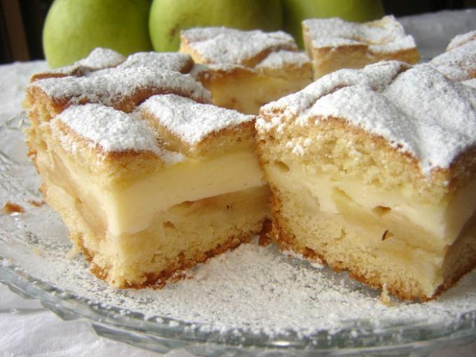 Как приготовить яблочный пирог с заварным кремом