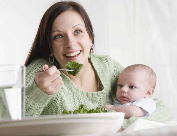Как питаться кормящей маме, чтобы у ребенка не было аллергии