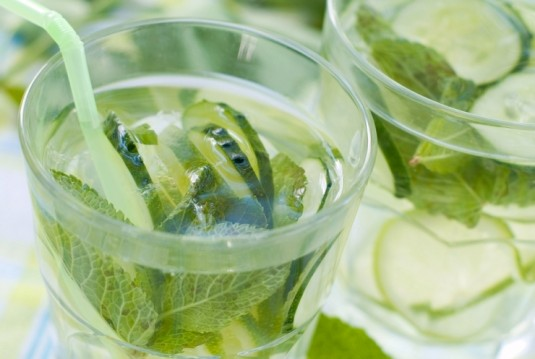 Лимонад из огурца с мятой