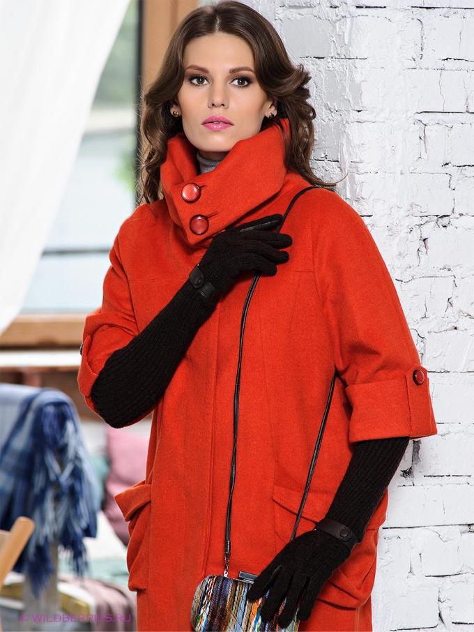 Как носить пальто с рукавом в три четверти