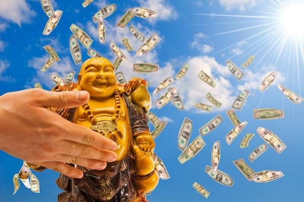 Учитесь притягивать к себе деньги
