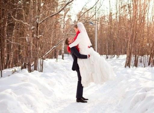 Необычные места для зимней свадебной фотосъемки