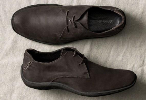 Обувь из нубука легкая и удобная