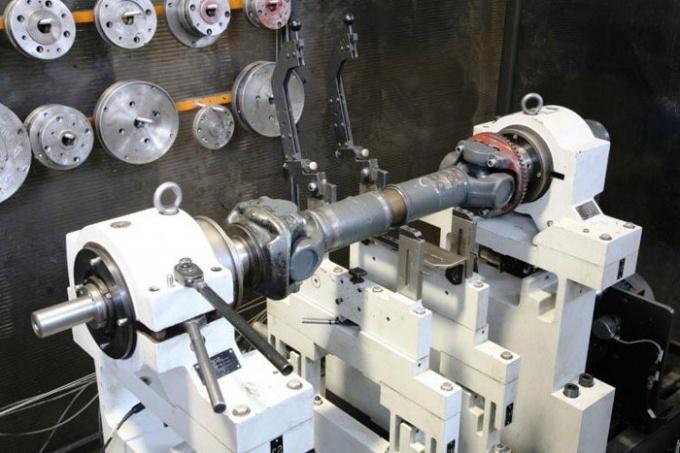 Балансировка кардана выполняется специалистами СТО