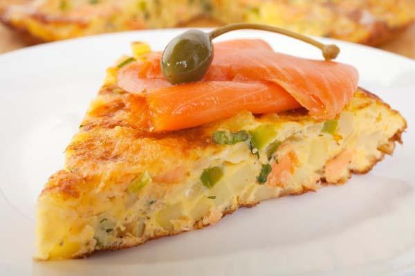 Запеканка из лосося с овощами