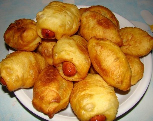 Сосиски в тесте жареные рецепт с фото