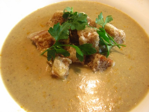 Грибной суп с рисом
