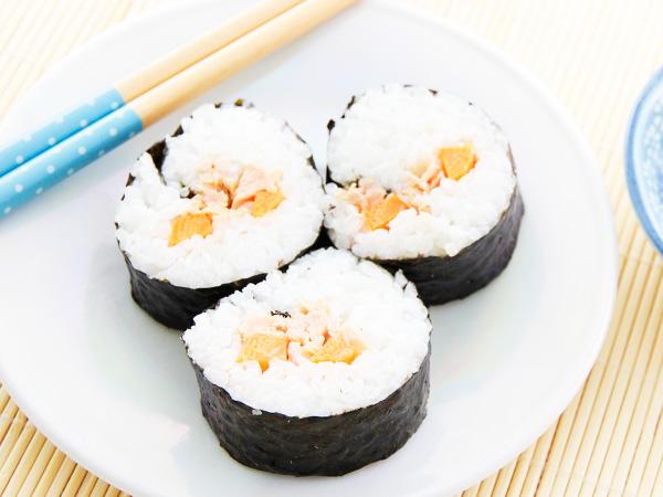 Вкусные роллы с консервированным тунцом