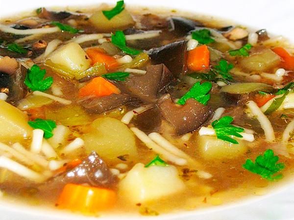Приготовить суп с шампиньонами в мультиварке