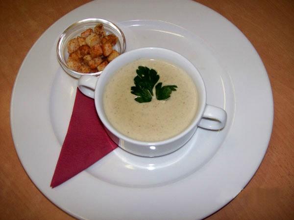 Суп – пюре овощной с грибами