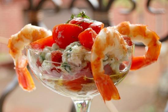 Как приготовить креветки с помидорами и вешенками
