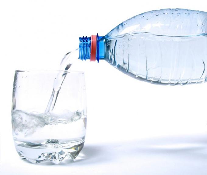 Как выбрать питьевую воду в магазине
