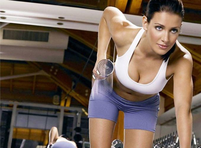 Как выбрать гантели для занятий фитнесом