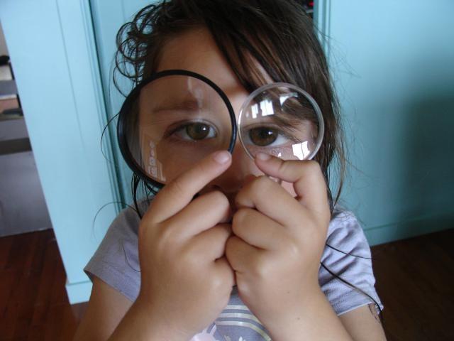 Симптомы расслоения сетчатки глаза