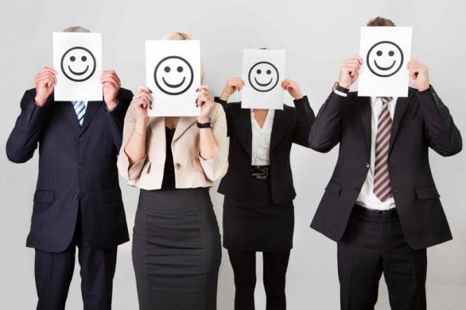 Корпоративные стандарты: преимущества и недостатки