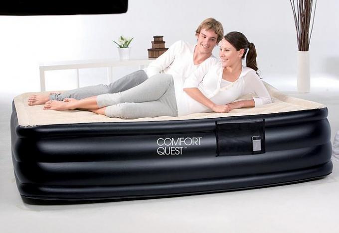 Как выбрать и купить надувную кровать