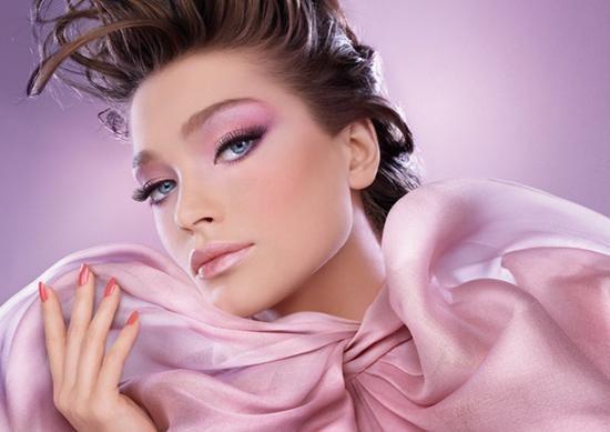 Как сделать эффектный макияж на выпускной