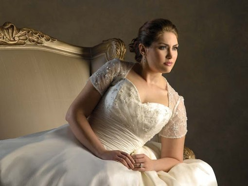 Как предпочесть свадебное платье большого размера