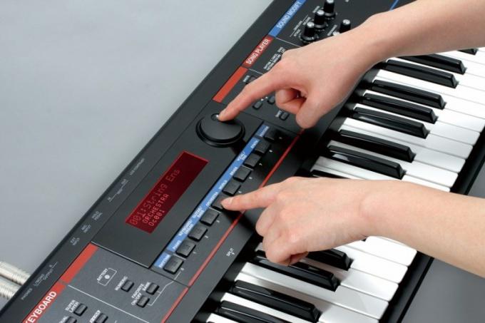 Как выбрать синтезатор новичку