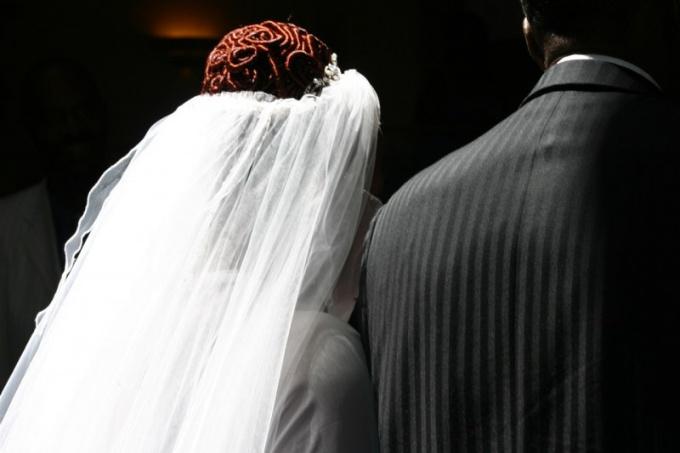 Свадебная фата - символ долголетия семейной жизни, так ли это?