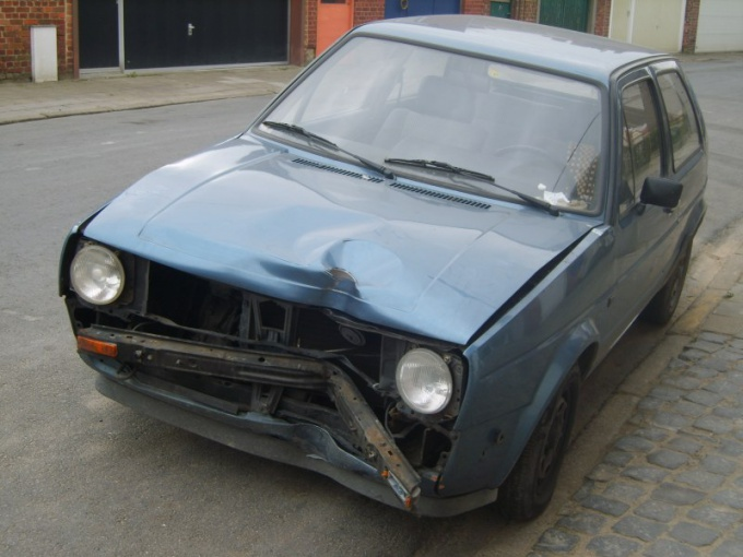 Broken car is harder to sell than a renovated