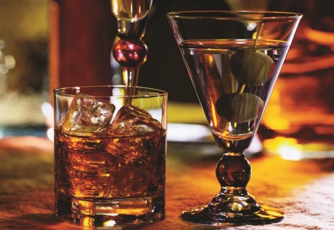 Какой спиртной напиток предложить даме в ресторане