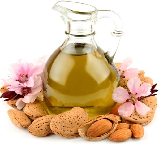 Миндальное масло: полезные свойства и применение