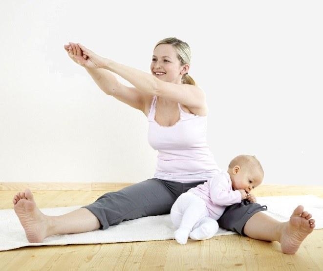 Можно ли заниматься спортом кормящей маме?