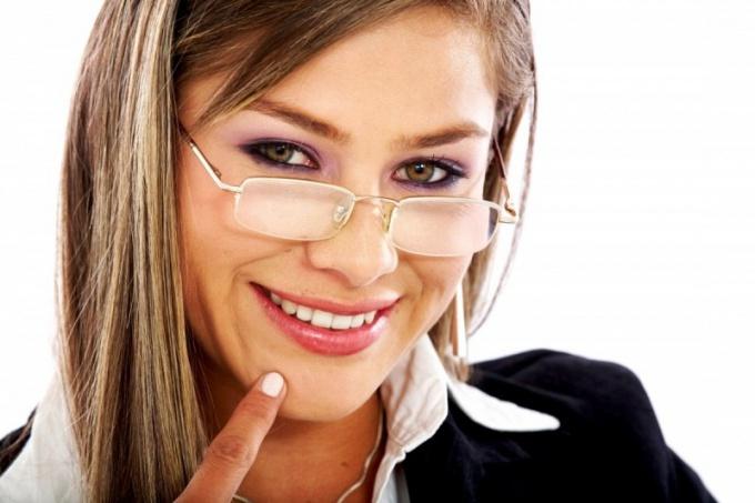 Как выбрать бизнес-подарок женщине-директору
