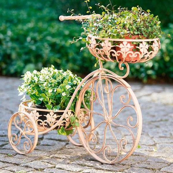 Оригинальная подставка для цветов из велосипеда