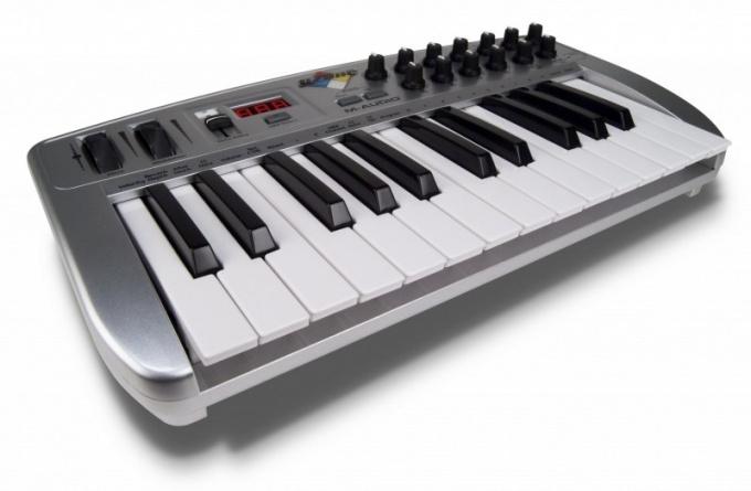 2-х октавная МИДИ клавиатура