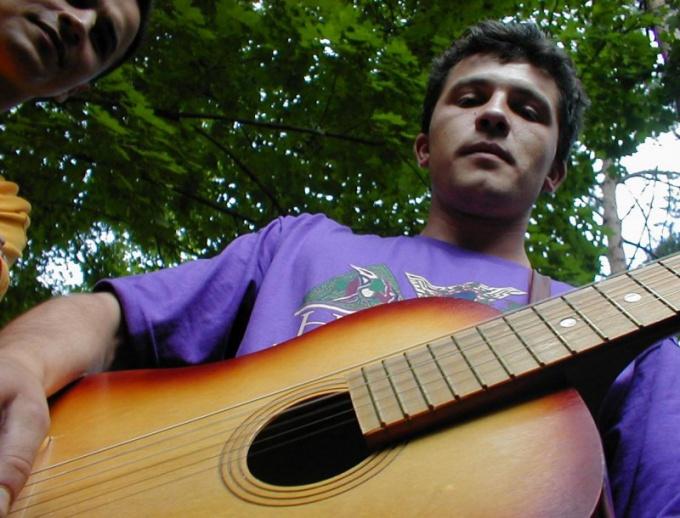 Гитарист-любитель