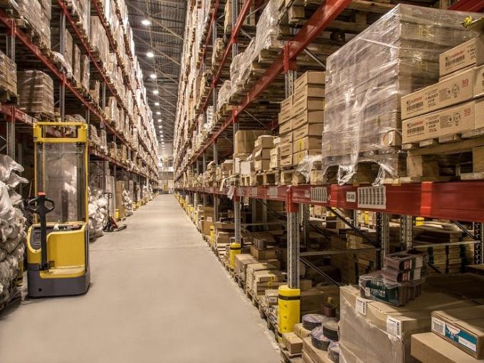 Как вести учет товаров на складе