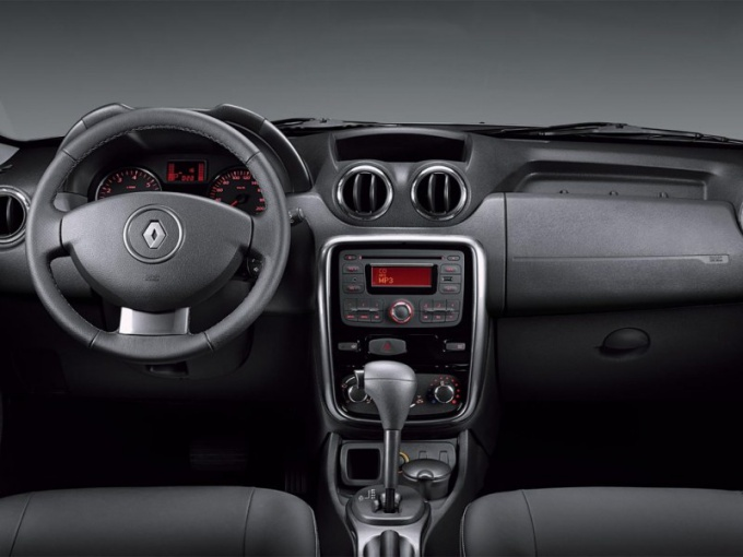 Reviews of Renault Logan with automatic transmission