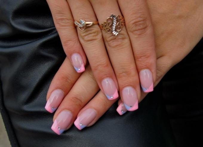 Выбираем покрытие для ногтей: биогель или лак?