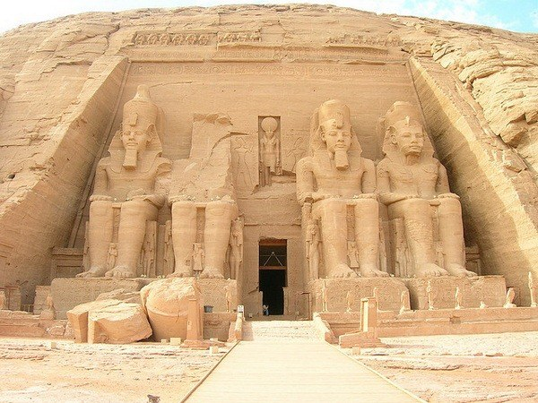 Храм в Абу-Симбеле