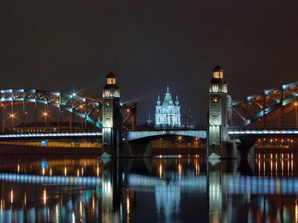 Большеохтинский мост, благодаря качеству строительных работ, не нуждался в ремонте более 60 лет