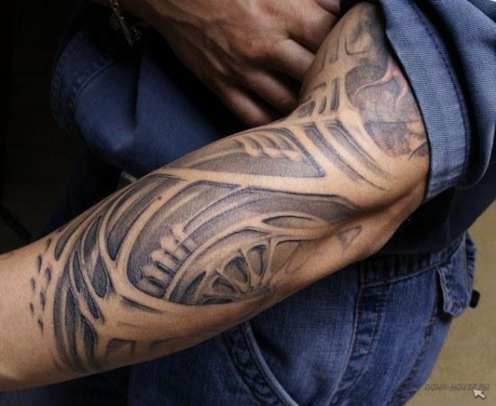 """Как сделать татуировку в стиле """"Биомеханика"""""""