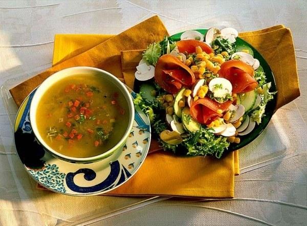 Овощные супы и салаты - основа диетического питания при гепатитах и холециститах