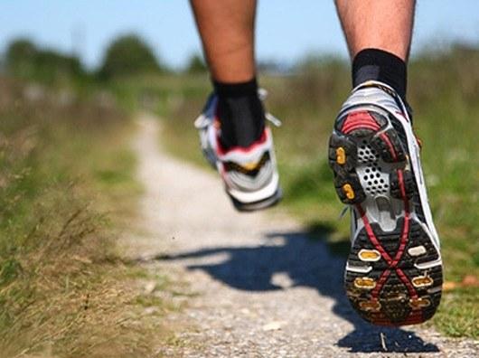Качественная спортивная обувь позволит бегать с комфортом
