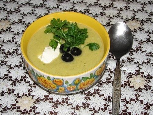 Как приготовить легкий овощной суп-пюре