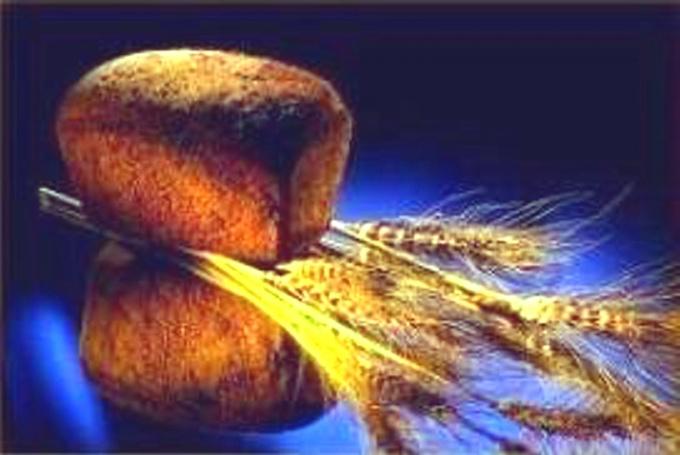 Как использовать ржаной хлеб в домашней косметологии и медицине