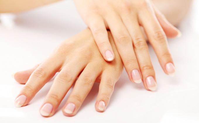 Здоровые, красивые, ухоженные ногти