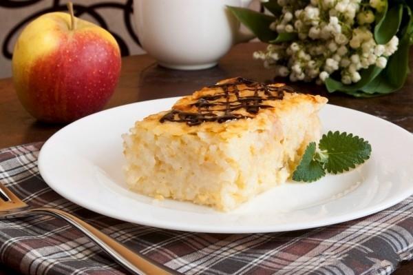 Яблочно-рисовый пудинг