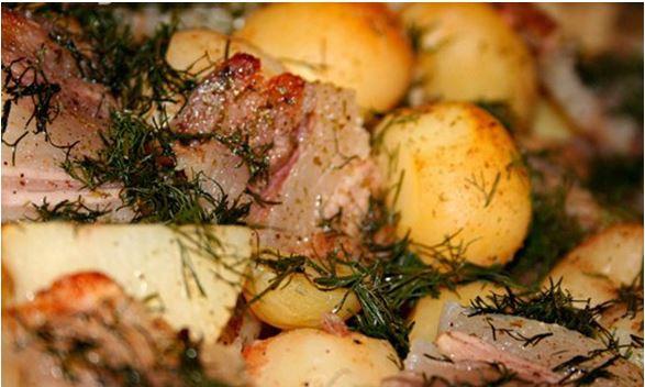 Вкусный кролик с картофелем