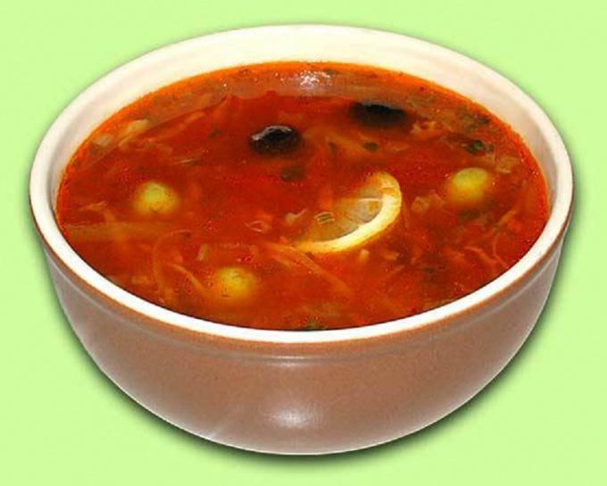 Солянка с грибами (вегетарианское блюдо)