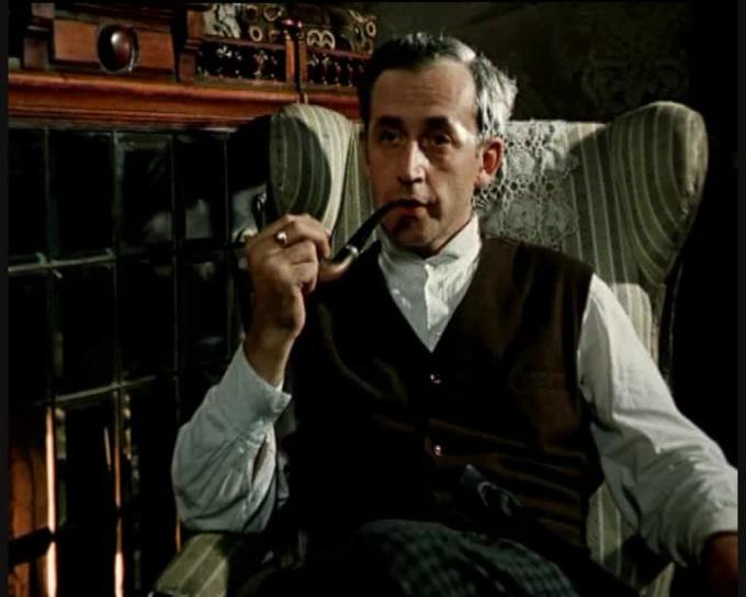 Какие фильмы/сериалы о Шерлоке Холмсе существуют
